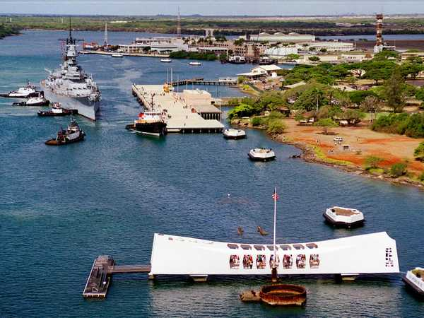 Pearl Harbour: Arizona Memorial e l'incrociatore MIssouri