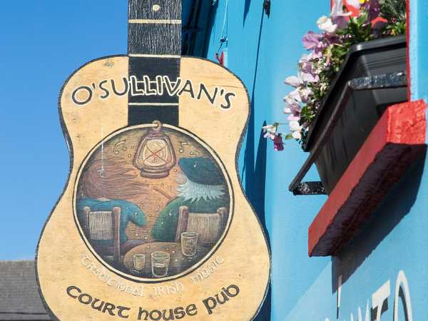 O'Sullivan's Courthouse pub - Dingle